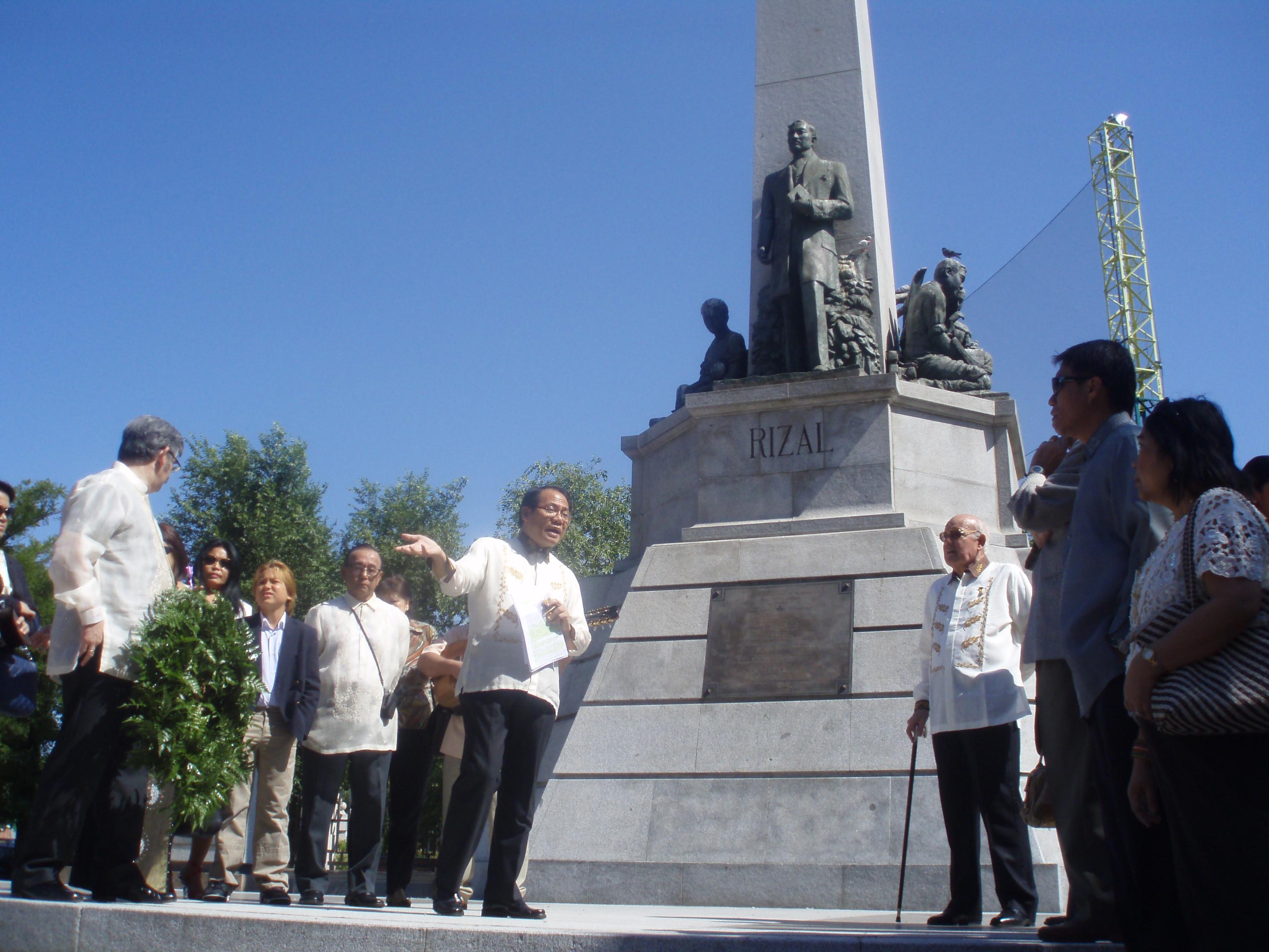 Por Telefono Jose Rizal Exequiel Sabarillo Jose Rizal